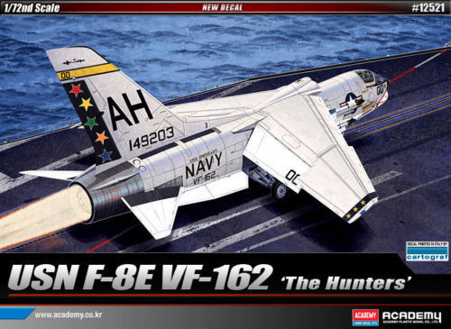 "ACADEMY 12521 1/72 F-8E VF-162 ""The Hunters"""