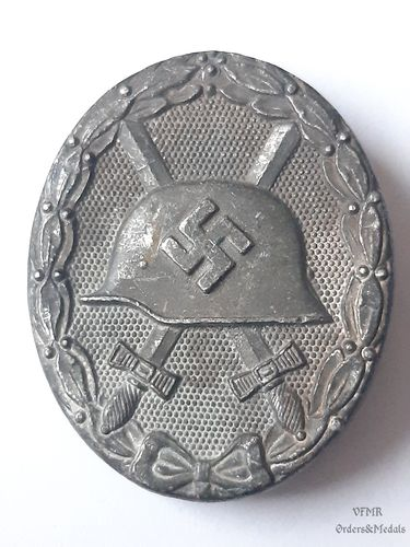 Wound badge in silver 65